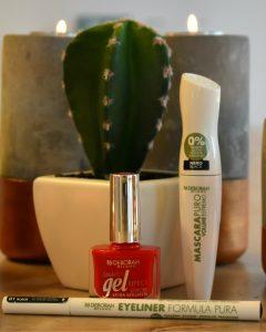 make up van Deborah Milano voor een cactus