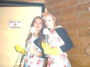 Verkleed als toiletjuffrouw met Halloween