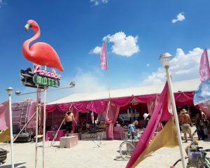 Paradise Motel op Burning Man.