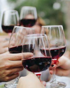 Heb jij last van rode vlekken als je drinkt? Dan is alcohol slecht voor je.