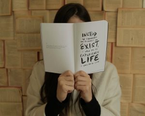 Leef je leven en creëer je eigen identiteit